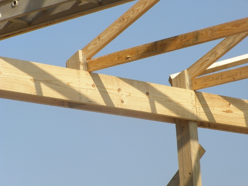 Stub Posts For Trusses Between Posts on Pole Barns